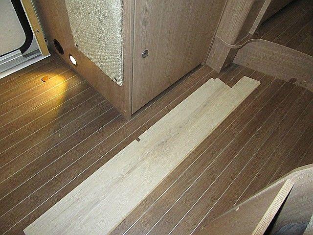 Fußboden Quellauslass ~ Fußboden im wohnmobil bodenklappe zum doppelboden wohnmobil